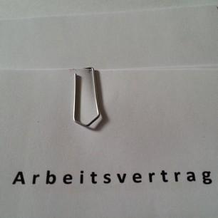 Zeit für die Unterschrift! Berlin, ich bin wieder ganz dein :)