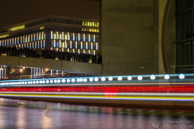 FotW25 // Traffic Trails in Linie mit Lichtgrenze