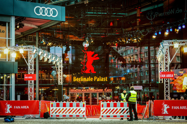 Berlinale Palast 2018 mit Fan Area