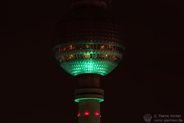 Fernsehturm in grün