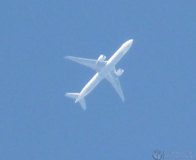 Flugzeug mit Maximum Zoom