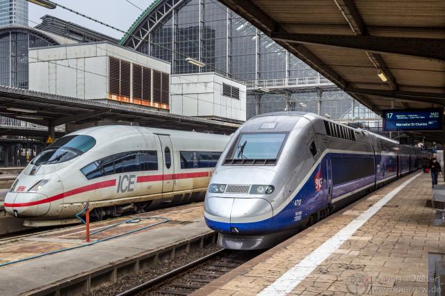 ICE und TGV im Hauptbahnhof Frankfurt (Main)