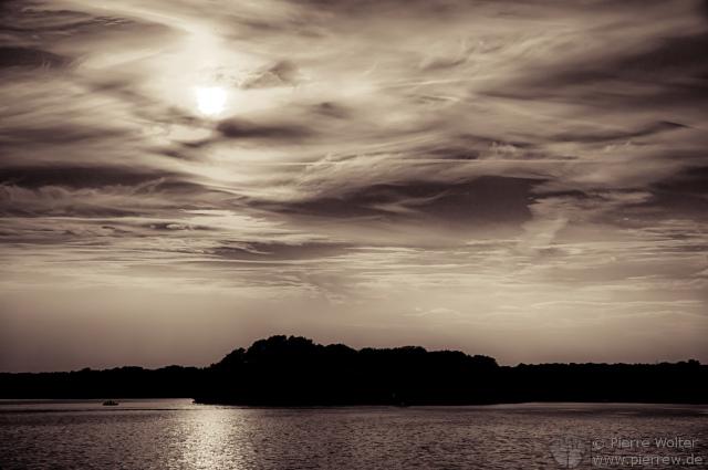 Sonnenuntergang in Tegel - s/w Edition