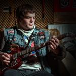 Mayo und seine Gitarre