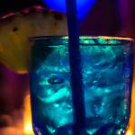 Cocktail in Schlumpffarben
