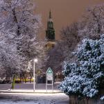 Marienkirche mit Schneelandschaft davor