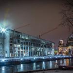Im Schnee: Stadtschloss-Baustelle, Dom