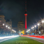 Fernsehturm in Rot - Karl-Marx-Allee