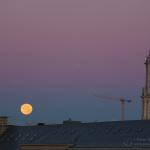 Monduntergang, Stadthaus, Sonnenaufgang