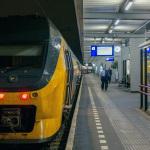 NS VIRM in Leiden CS