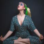 Miss NightKat // Grünes Dingens