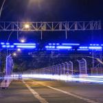 Formula E-Rennstrecke mit Blaulicht