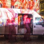 Der Wächter-Van mit Flamingos
