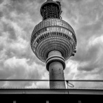 Düsterer s/w Fernsehturm