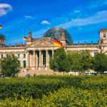 Reichstag im sonnigen Frühling