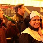 Hübsches Lächeln einer Nonne :)