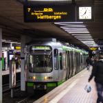 üstra TW 2000 im Hauptbahnhof Hannover