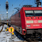 Intercity bespannt mit Lok 101 028