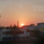 Sonnenaufgang aus der S-Bahn
