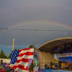 Regenbögen überm Volksfest