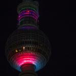 Fernsehturm leuchtet