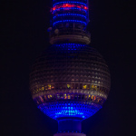 44. Geburtstag Fernsehturm: Blau