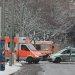 Rettungswagen, Winterdienst und Polizei