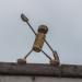 Korkenfigur in der Katharinenstraße // Street Yogi