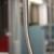 Eine Haltestange in einer Berliner S-Bahn